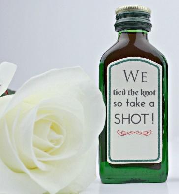 Bruidegom Werpen gooien fles