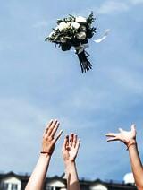 Bruidsboeket gooien werpen
