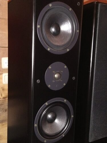 AE 8.1 speakers